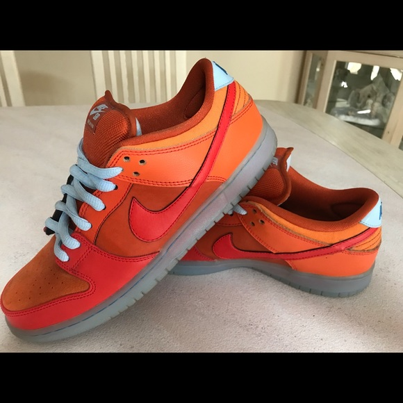 low priced dd1d0 db747 Nike Air Force 1 Dunk low pro fire and ice orange